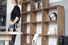 Drewniany regał do kuchni. Do skonfigurowania i zamówienia ewodd.com