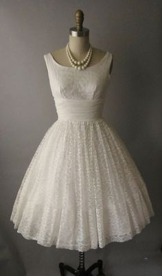vintage 50s lace chiffon tea length wedding dress $172