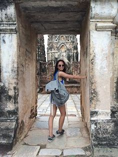 SHER SHE GOES - exploring the ruins at Ayutthaya