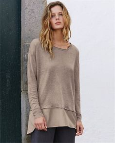 Poetry - Silk trim sweater - In a fine pure linen knit, this easy-fit sweater is trimmed with a silk and cotton hem. With dropped shoulders, full length sleeves and deep ribbed cuffs. 100% linen. Trim 70% cotton 30% silk