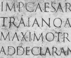 Warum die Serifen doch nichts mit dem Meißel zu tun haben Trajan Font, Lettering, Penmanship, Letter Art, Fonts, Printables, History, Stone, Inspiration