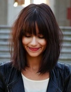 LE CARRE PLONGEANT // long bob // bands // medium brown // brunette // shoulder length