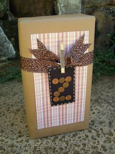 lots of great ideas on how to wrap presents