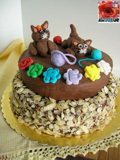 Torta Gattini - torta di compleanno - cioccolato plastico e pdz