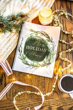 Stress-Free Holiday Planner | The ultimate 75 page printable holiday planner to help you take the stress out of preparing for Thanksgiving, Christmas, and New Year's with checklists, calendars, templates, and more. #planner #holidays