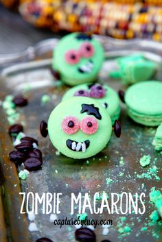 Halloween Food - Zombie Macarons -- These cuties are dressed-up store-bought pastel macarons. Click through for the how-tos. Halloween Baking, Halloween Desserts, Halloween Food For Party, Halloween Cupcakes, Easy Halloween, Halloween Treats, Zombie Party, Macarons, Macaron Cookies