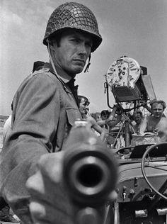 """Clint Eastwood en """"Los Violentos de Kelly"""" (Kelly's Heroes), 1970"""