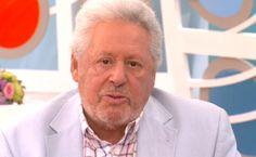 «Αναγκάστηκα να φάω σκύλο από την πείνα»! Σοκάρει αγαπημένος Έλληνας τραγουδιστής! (PHOTO)