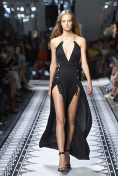 Versus Versace RTW Spring 2015 [Photo by Giovanni Giannoni]