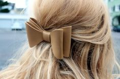 Image via We Heart It https://weheartit.com/entry/119480606 #blonde #girl #hair #hairstyle #pretty