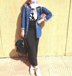 Spring skirts with hijab style – Just Trendy Girls Modern Hijab Fashion, Hijab Fashion Inspiration, Islamic Fashion, Muslim Fashion, Mode Inspiration, Fashion Muslimah, Abaya Fashion, Stylish Hijab, Hijab Style