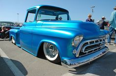 57 Chevy Trucks, Classic Chevy Trucks, Pickup Trucks, Classic Cars, Chevy Stepside, Chevrolet 3100, Chevy Pickups, Old School Cars, Sweet Cars
