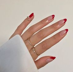 Minimalist Nails, Minimalist Fashion, Hair And Nails, My Nails, Red Tip Nails, Red Shellac Nails, Almond Gel Nails, Zebra Nails, Stiletto Nails