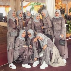 Kebaya Muslim, Kebaya Modern Hijab, Dress Brokat Modern, Kebaya Hijab, Kebaya Dress, Dress Pesta, Modern Hijab Fashion, Muslim Dress, Batik Fashion