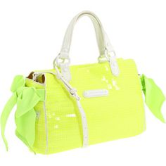 Juicy Couture - Sunshine Shimmer Miss Daydreamer...my NEXT present to myself!