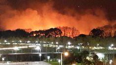 """El Hospital Argerich está en """"alerta"""" por la magnitud del incendio."""