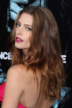 http://stealherstyle.net/wp-content/uploads/2013/01/ashley-greene-hair-2.jpg