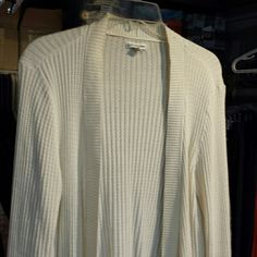 Off white sweater Comfortable, off white, kind of light to med weight, long sleeves, flowy bottom, size xl, like new condition. Not worn much. Croft & Barrow Sweaters Cardigans