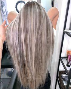 Blonde Hair Looks, Blonde Hair With Highlights, Brown Blonde Hair, Light Brown Hair, Military Ball Hair, Ball Hairstyles, Luscious Hair, Hair Shades, Ombre Hair