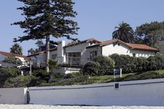 Romneys Get OK to Raze and Rebuild in La Jolla
