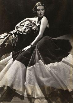 Vivien Leigh, 1930s.                                                                                                                                                                                 More