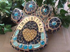 #101 - Mosaic Dog Paw (Memorial) By Elaine's Mosaic Designs