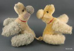 Steiff Snobby Poodle Dog Grey White Mohair Plush Wool 10 cm no ID Vtg Bear Dogs, Teddy Bear Dog, Steiff Teddy Bear, Teddy Bears, Fluffy Animals, Drawing Stuff, Pet Toys, Vintage Toys, Needle Felting