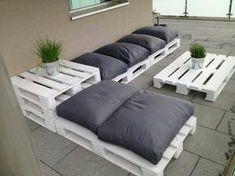 salon de jardin en palette. canape palette, meubles de jardin design original