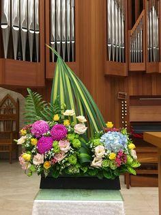 2017.03.25 主日插花 01 Flower arrangements for the church 教会のフラワーアレンジメント
