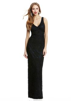 SUE WONG Straight Lace Gown: Simply yet elegant