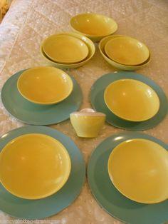 **SOLD!** VINTAGE SET 14 SOMERSET BOONTONWARE MELAMINE MELMAC BLUE PLATES - YELLOW BOWLS - SUGAR