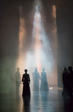 theatricalmumblings:  Macbeth. Scott Pask... love this lighting... light motes!