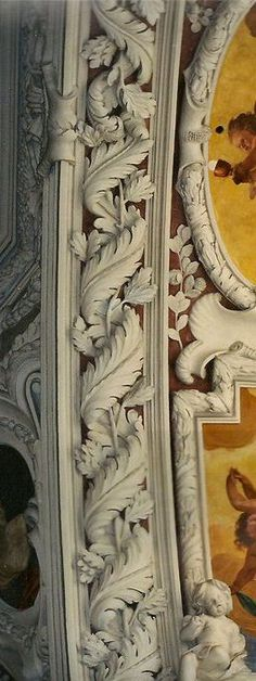 The background color really makes the molding pop. leodowellinteriors.