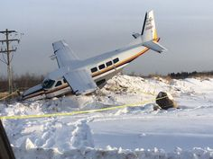PHOTO Cessna 208B Grand Caravan (C-GHLI) crashes near Fort McMurray Airport, Canada. (27-DEC-2016). @FortMacToday