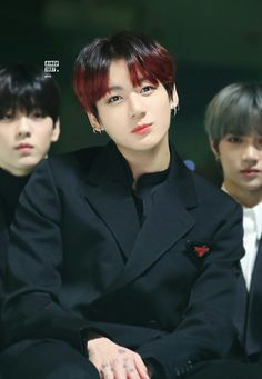 Top K-pop Idols That Have Resting Face Foto Jungkook, Foto Bts, Jungkook Cute, Kookie Bts, Jungkook Oppa, Kim Namjoon, Bts Photo, Bts Bangtan Boy, Jung Kook