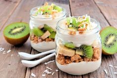 Use mason jars to make a quick breakfast, on-the-go meal and fun desserts. I'm going to make this key lime pie recipe to surprise my family. Try a recipe or two and/or create your own. Mason Jar Breakfast, Breakfast For Kids, Eat Breakfast, Breakfast Ideas, Tropical Desserts, Fun Desserts, Granola, Keto Recipes, Desert Recipes
