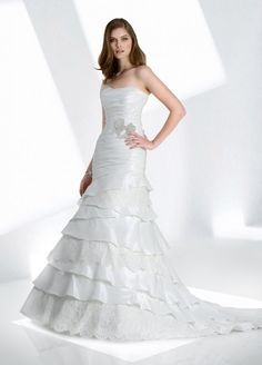Fit & Flare Strapless Ruched Bodice Layeres Lace And Taffeta Wedding Dress-wf0040, $284.95