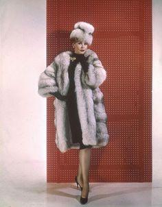 Vintage Glamour Girls: Arlene Dahl Vintage Fur, Vintage Glamour, Arlene Dahl, Shelter, Fur Coat, Retro, Furs, Heels, Actresses