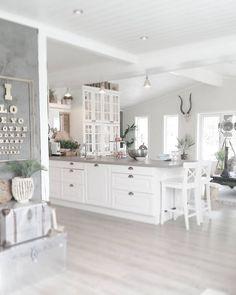 31 Popular Open Concept Kitchen You'll Totally Love # Home Design Decor, Küchen Design, House Design, Design Trends, Open Plan Kitchen Living Room, Open Concept Kitchen, Cozy Room, Home Decor Inspiration, Interior Design Living Room