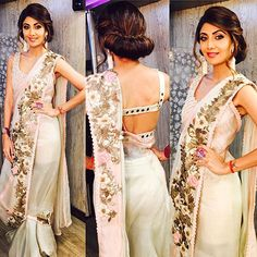 Tired of old saree draping styles? We have rounded up top 10 Shilpa Shetty saree looks from 2016 to give you major fashion goals for Take a look right Latest Saree Blouse, Latest Sarees, Saree Blouse Designs, Shilpa Shetty Saree, Sonakshi Sinha, Anamika Khanna, Madhuri Dixit, Saree Draping Styles, Saree Styles