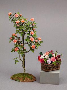 Good Sam Showcase of Miniatures: Dealer Carol Wagner: Flowers, Plants & Vines