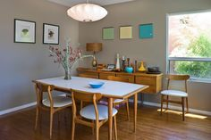 accessories is an easy way to add personality in a room that can easily become cookie-cutter. here are 20 Outstanding Midcentury Dining Design ideas