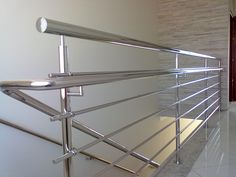 Steel Railing Design, Staircase Railing Design, Interior Staircase, Stainless Steel Handrail, Steel Stairs, Modern Stairs, House Stairs, Door Design, Interior Design
