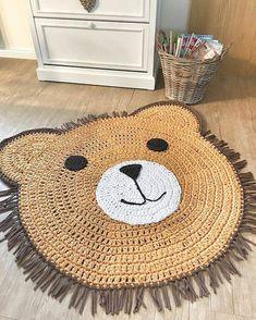 DIY crochet projects, crochet home decor ideas, cr Crochet Mat, Crochet Carpet, Cute Crochet, Crochet For Kids, Crochet Dolls, Crochet Mignon, Animal Rug, Bear Rug, Knit Rug
