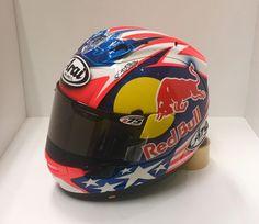 Nicky Hayden 2017 Wayne Rainey, Arai Helmets, Nicky Hayden, Racing Helmets, True Legend, Marc Marquez, Motorcycle Gloves, Helmet Design, Riding Gear