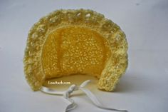 Free Crochet Patterns and Designs by LisaAuch: Free Crochet Pattern Babys Bonnet.
