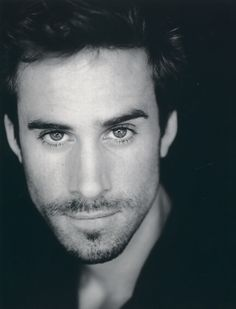 Joseph Fiennes.  What a beautiful family...