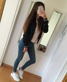 CREDIT~ @marianaStyler Check both of us out ♥ #streetwear #schooloutfit