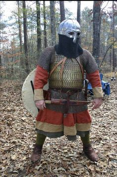 Photo of Sir William Fitz Hughe of the SCA in Rus costume. NOTE: the angle of the picture makes him appear to be shorter than he is.
