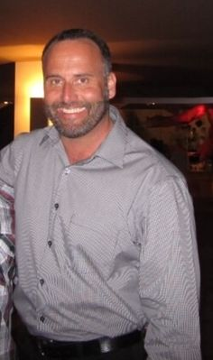 Handsome Eric is offering a Home Exchange in Normal Heights/Kensington, San Diego, California, USA - Home Around the World